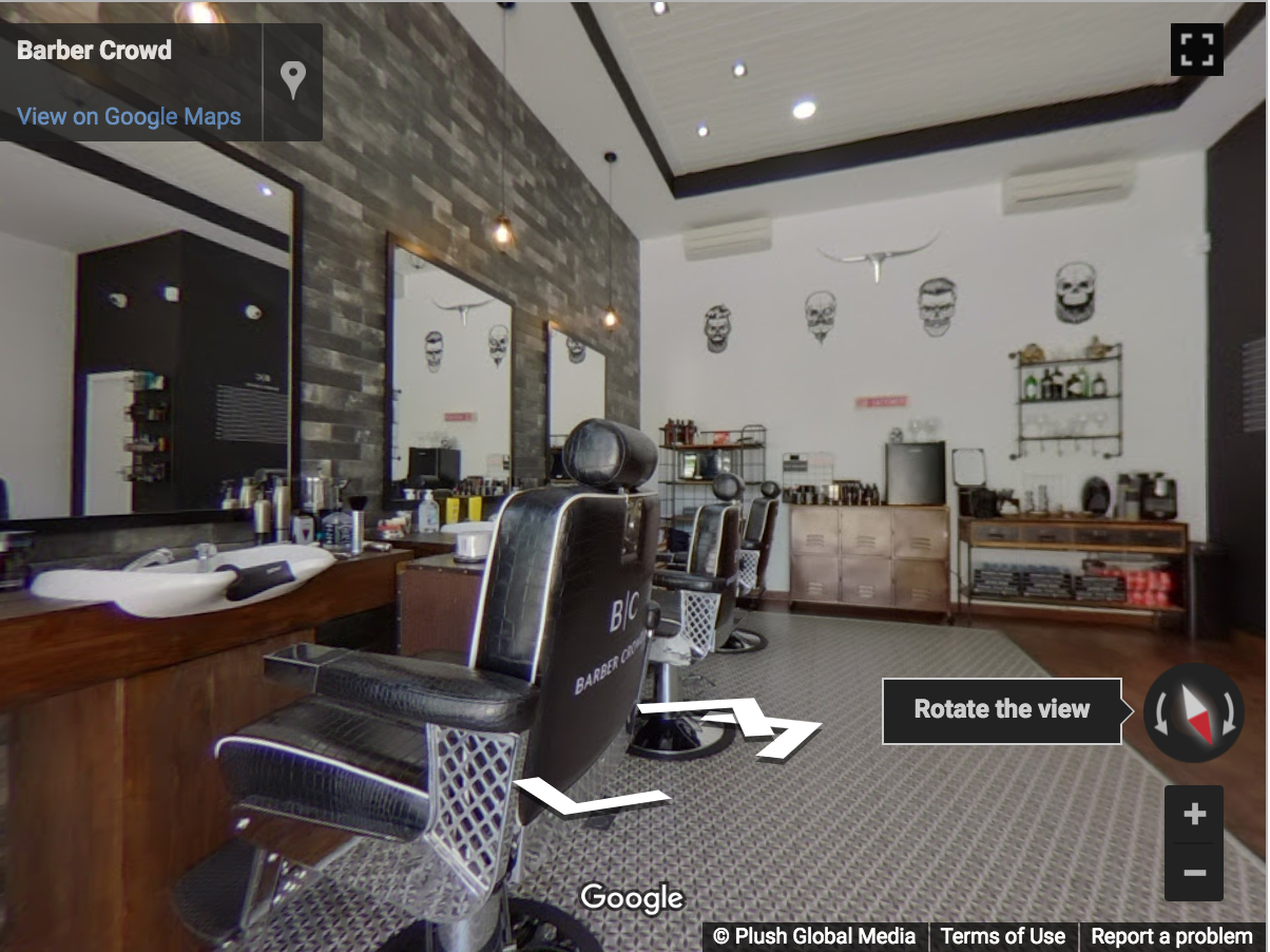 Marbella Virtual Tours - Barber Crowd